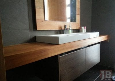 JB Tiling - Tiled Vanity in Auckland Bathroom
